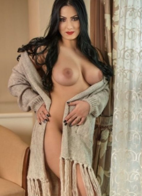 Karyna - escort in Newcastle