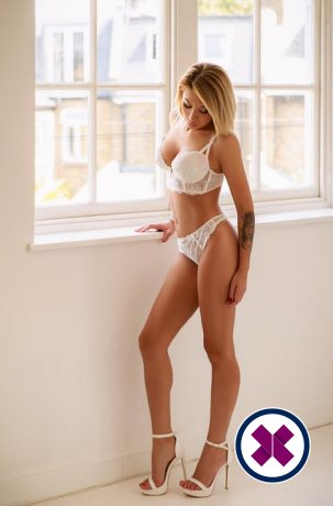 Meet the beautiful Candri in London  with just one phone call