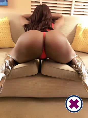 Amber Hot is a sexy British Escort in London