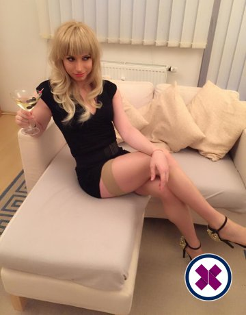 Donna TS is a hot and horny Swedish Escort from Bromley
