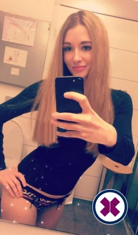 Meet Alise in Bergen right now!