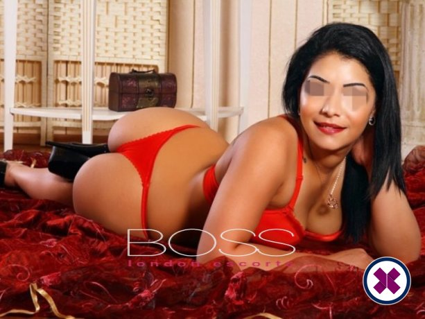 Jacquline is a sexy Romanian Escort in London