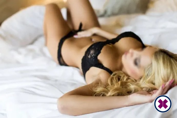 Alexandra is een super sexy Dutch Escort in Amsterdam